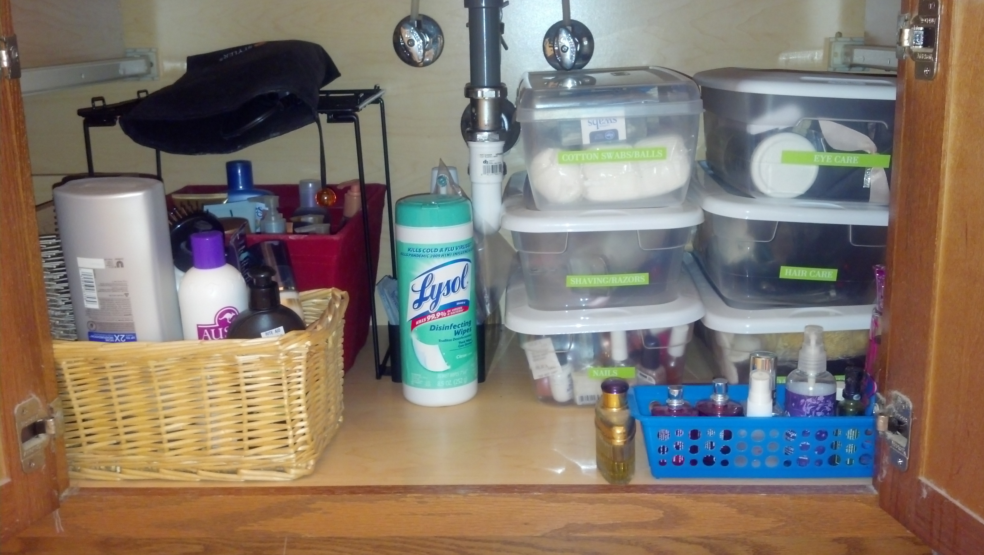 Organizing my bathroom coastal couponer coastal couponer for Organizing my bathroom